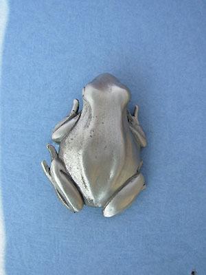 Frog Brooch Lead Free Pewter