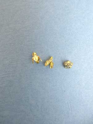 Small 4 Leaf Bell Cap - Gold Plated /12pcs