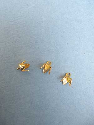 Medium 4 Leaf Bell Cap - Gold Plated / 12pcs