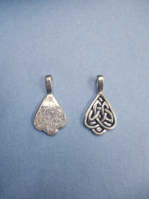 Inverted Celtic Heart Beavertail - Pk of 3 - Lead Free Pewter