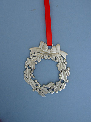 Large Wreath Ornament - Lead Free Pewter