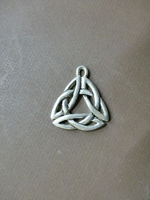 Lg. Triquetra Knot - Lead Free Pewter