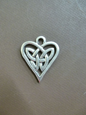 Triquetra Heart - Lead Free Pewter