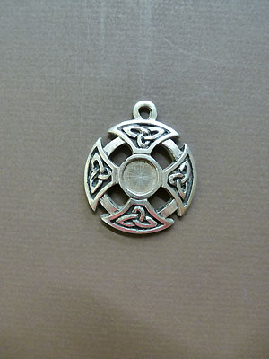 Triquetra Cross - Lead Free Pewter