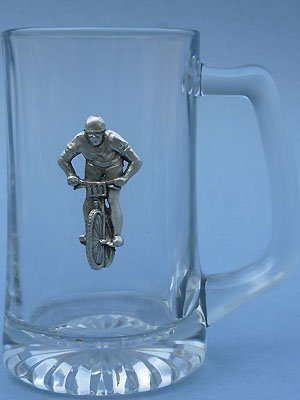 Cycling Beer Mug Keychain - Lead Free Pewter