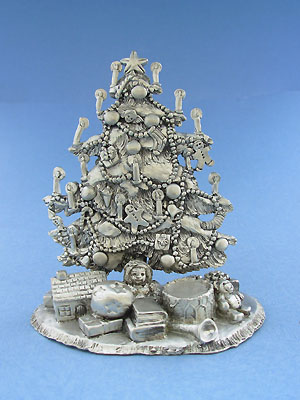 Large Christmas Tree Figurine - Lead Free Pewter