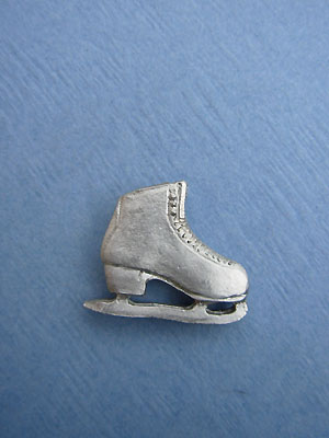 Single Skate Lapel Pin - Lead Free Pewter
