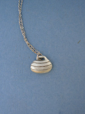 "Curling Rock Lead Free Pewter Small Pendant c/w 18"" Chain"