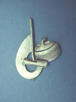 Curling rock, broom and swoosh brooch - Lead Free Pewter