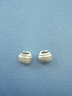 Curling Rock Stud Earrings - Lead Free Pewter