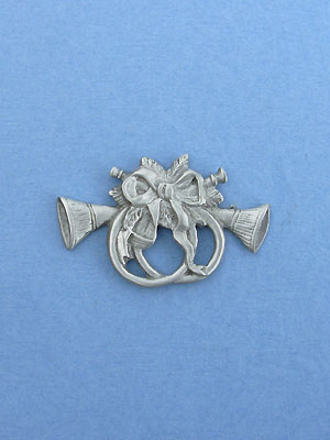 Christmas Horns Brooch - Lead Free Pewter