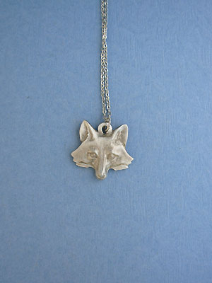 "Fox Head Lead Free Pewter Small Pendant c/w 18"" Chain"