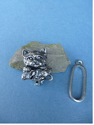 Cat Pewter Button Toggle