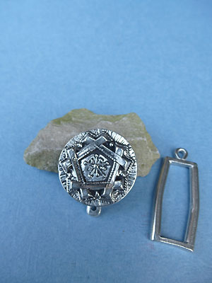 Snowflake Pewter Buttong Toggle