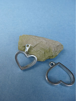 Open Heart Pewter Button Toggle