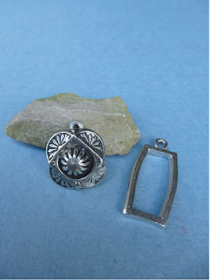 Dome Pewter Button Toggle