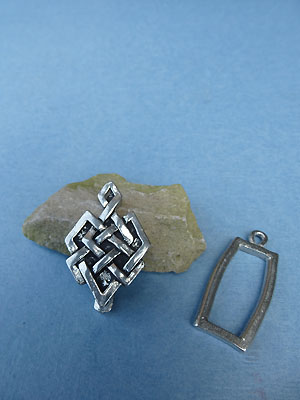 Magic Knot Pewter Button Toggle