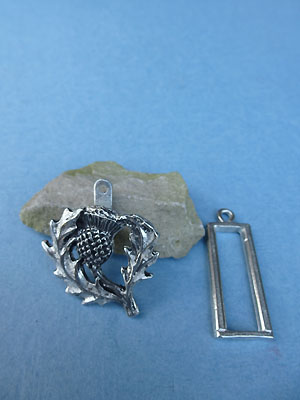 Thistle Pewter Button Toggle