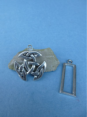 Breton Celtic Knot Pewter Button Toggle