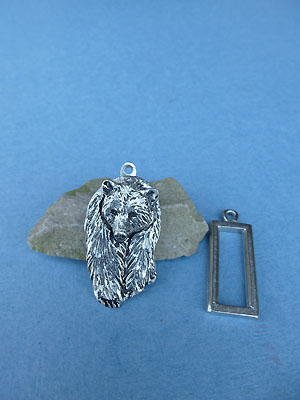 Bear Pewter Button Toggle