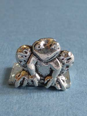 Lead Free Pewter Frog Connector