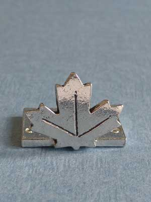 Lead Free Pewter Stylized Maple Leaf Connector