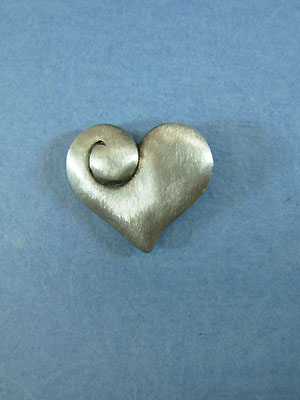 Heart Lapel Pin - Lead Free Pewter