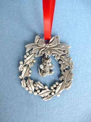 Wreath Ornament with Kitten Charm